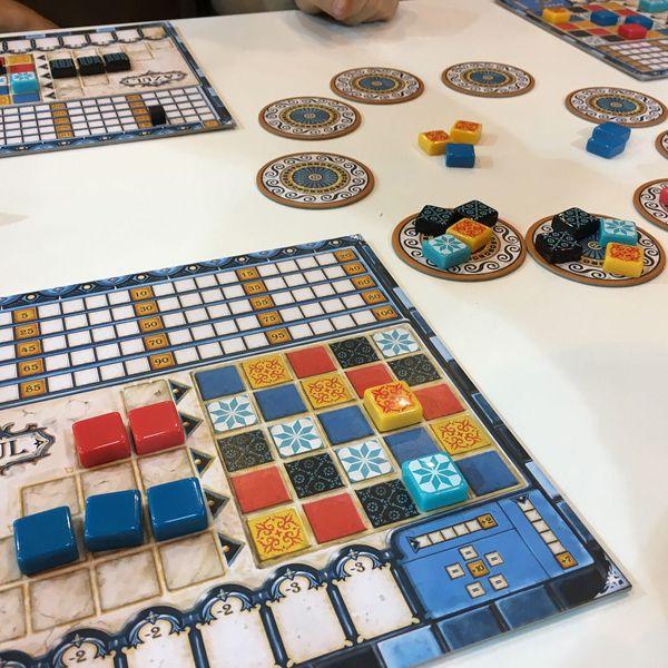 visdev-tabletop-game-azul-set