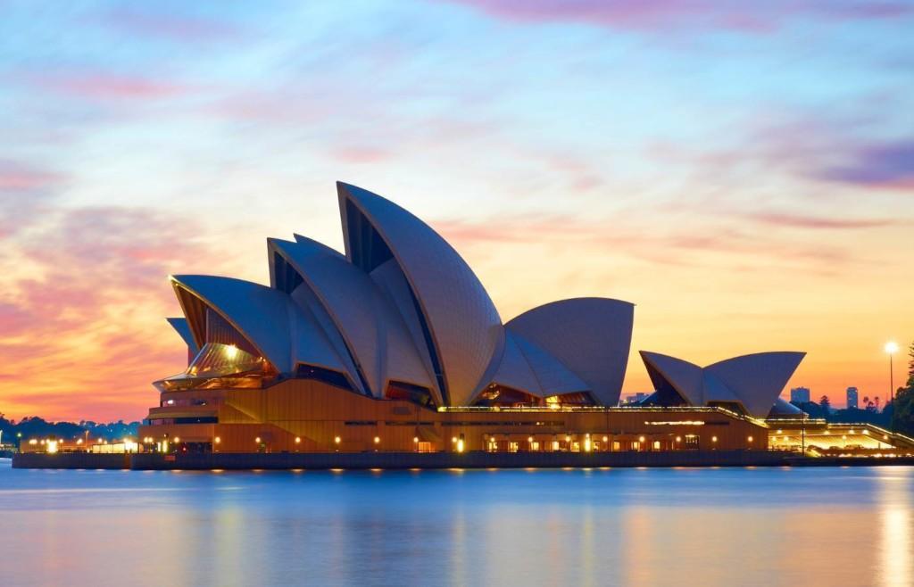 ARCH-modern-sydney opera house-CRN Australia